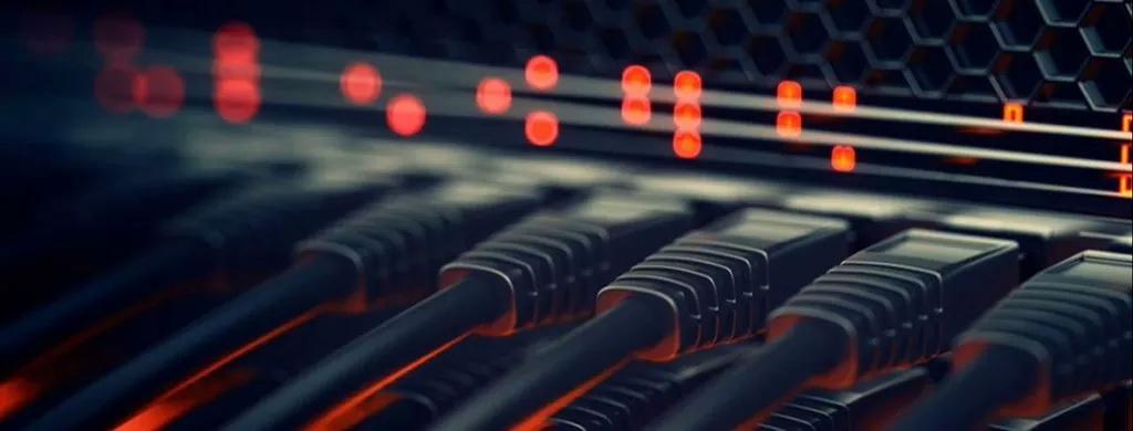 چه تفاوتی بین شبکههایClient server و Peer to Peer وجود دارد؟